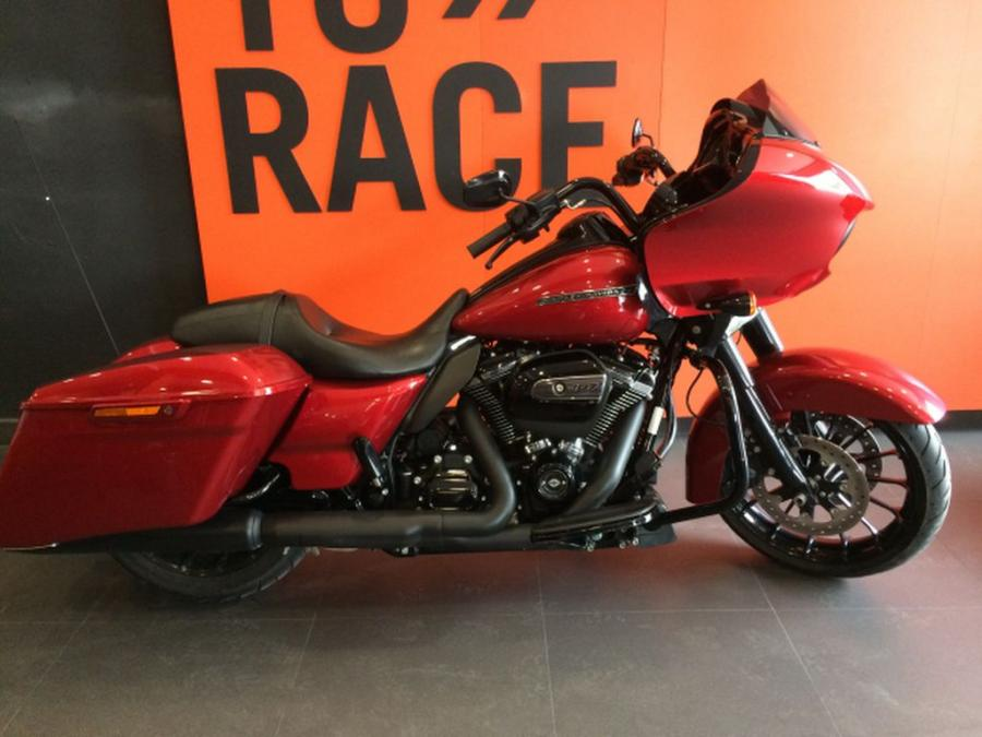 HD ROAD GLIDE SPECIAL 1